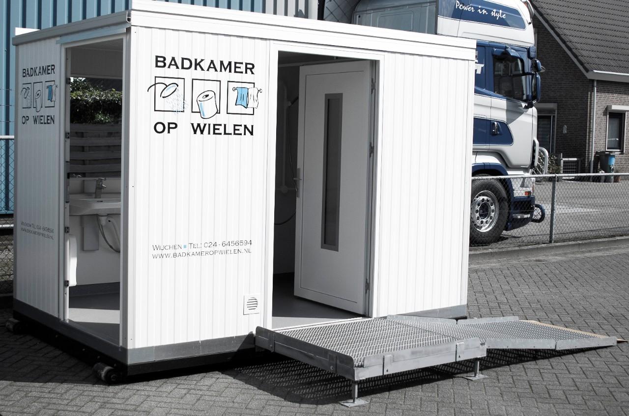 Tijdelijk Toilet Binnen : Badkamer op wielen voor tijdelijk of vast
