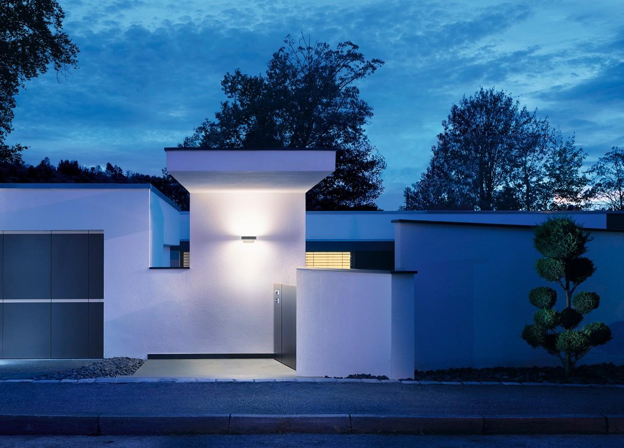 Buitenklus het aanleggen van veilige buitenverlichting - Buitenverlichting gevelhuis ...