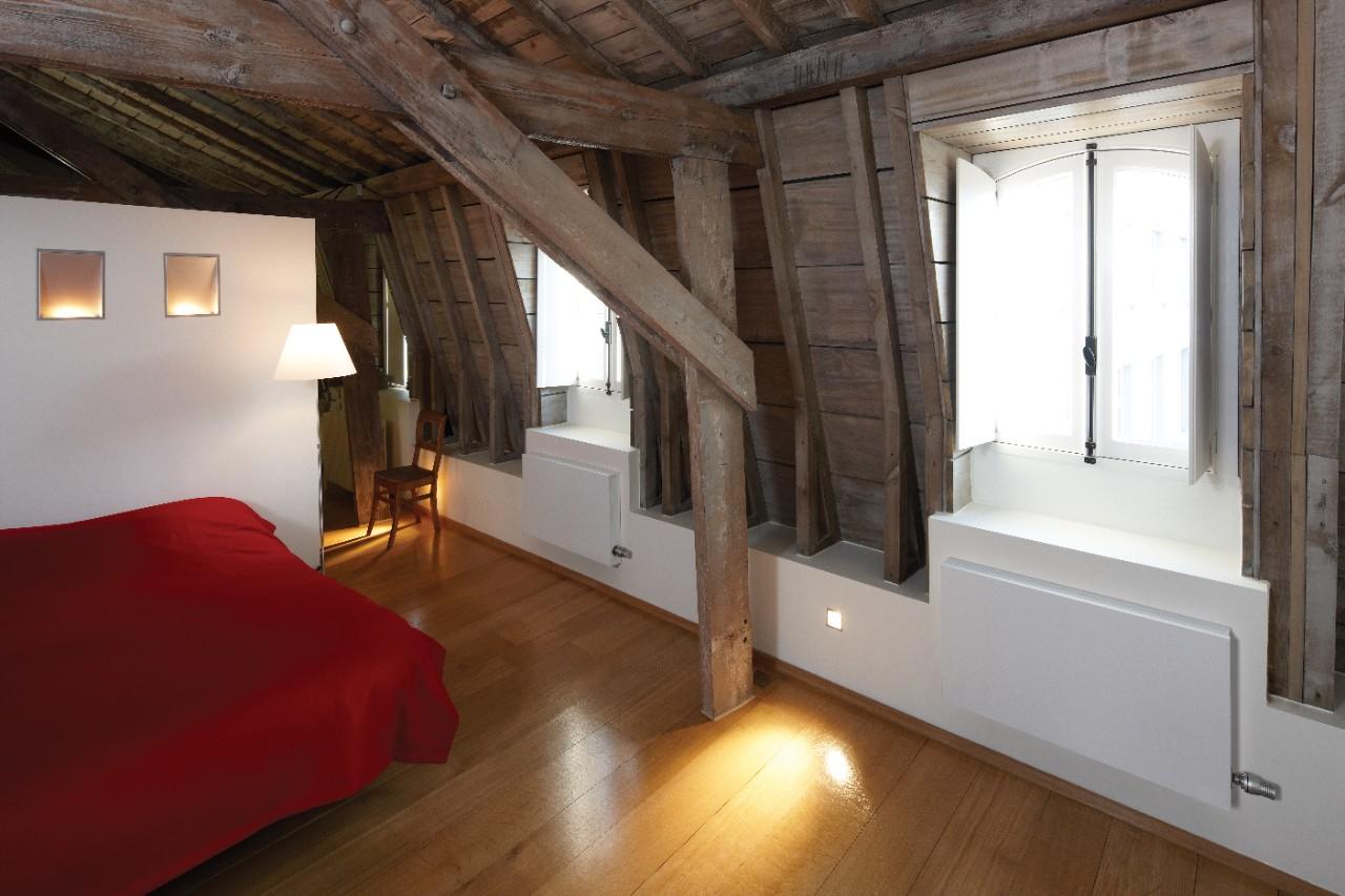 jaga. Black Bedroom Furniture Sets. Home Design Ideas