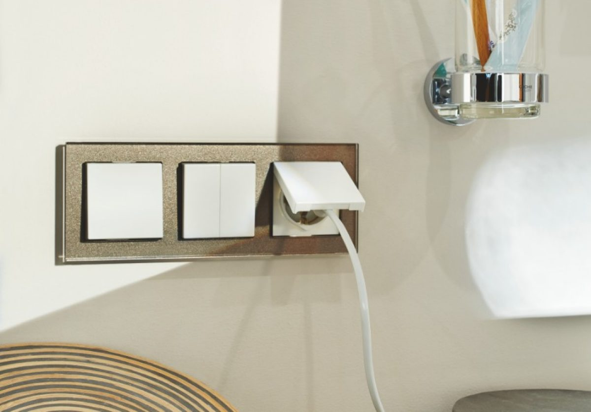 Busch-Jaeger USB-wandcontactdoos met randaarde