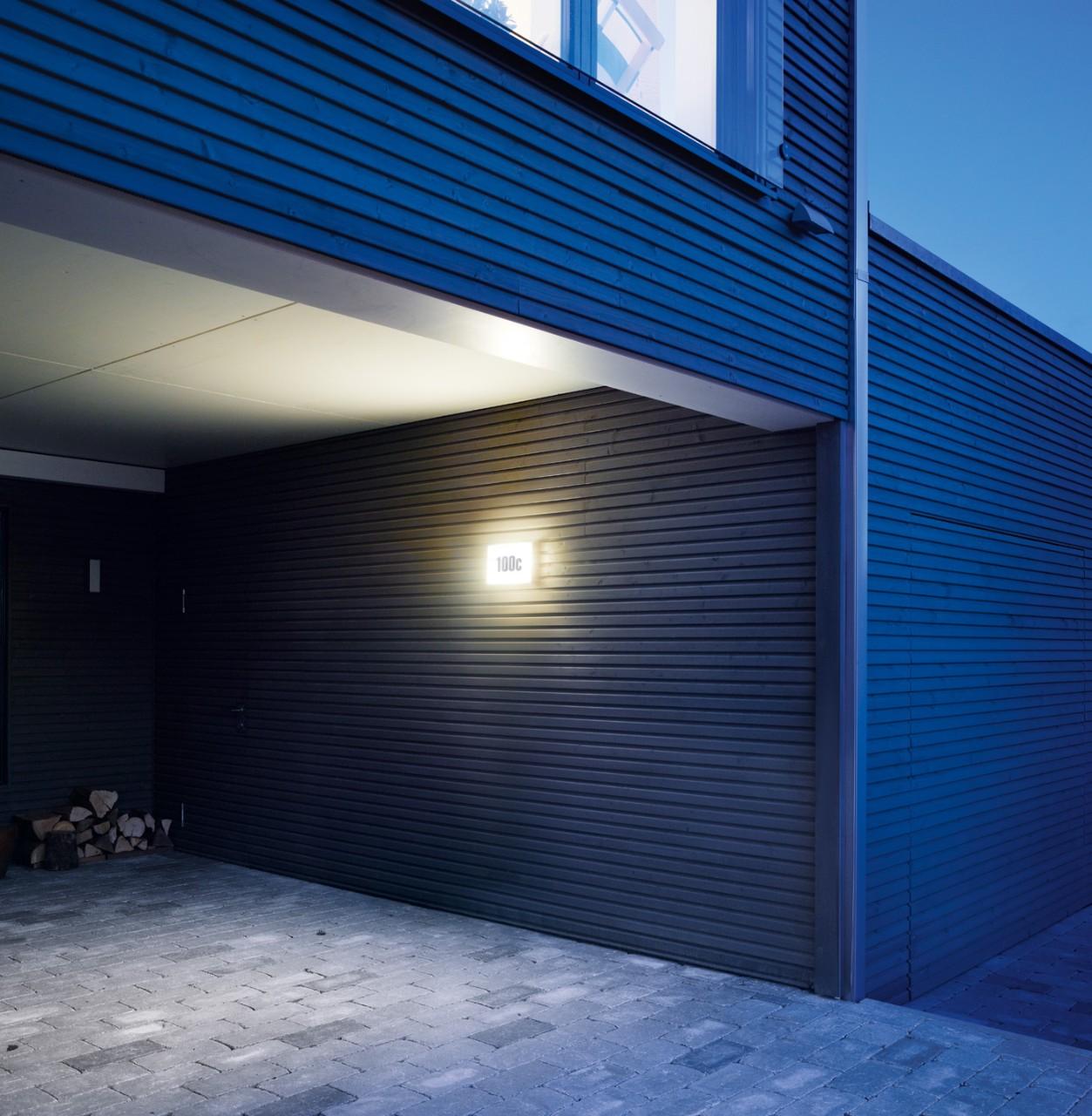buitenlamp met schemerschakelaar steinel ln1 led. Black Bedroom Furniture Sets. Home Design Ideas